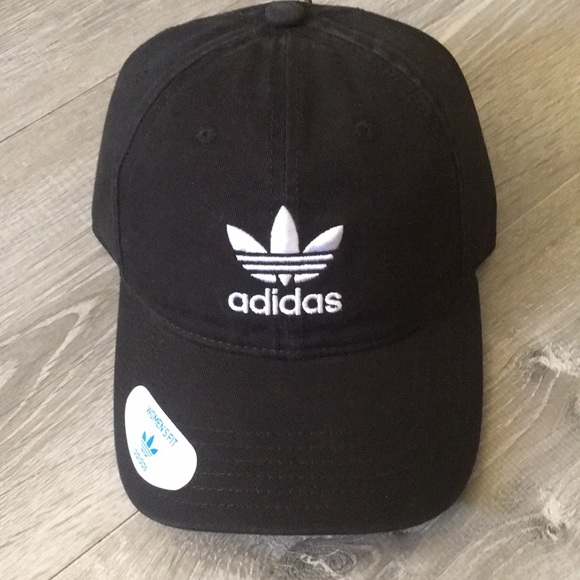 825c7afec88 Women s Originals ADIDAS Black Hat